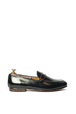 Black Leather Loafers With Ring by ARTIMEN