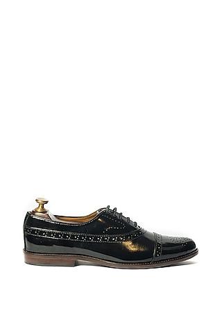 Black Handmade Shoes by ARTIMEN