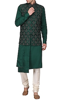 Green kurta set with embroidered nehru jacket by Amaare