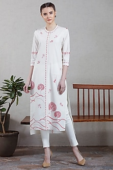 Red & Ivory Tunic With Pants by AMPM