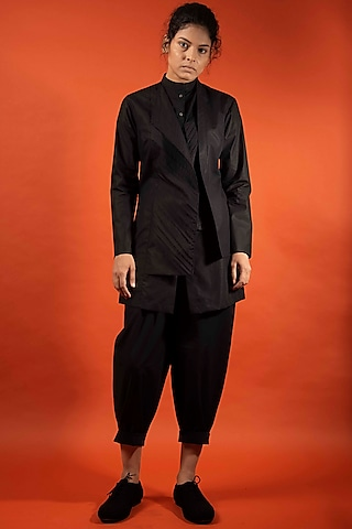 Black Pleated Cotton Top by Antar Agni