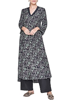 Black Printed High-Low Kurta by Anita Dongre