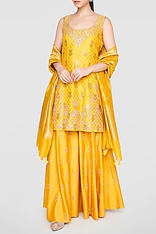 Yellow Embroidered Kurta Set by Anita Dongre