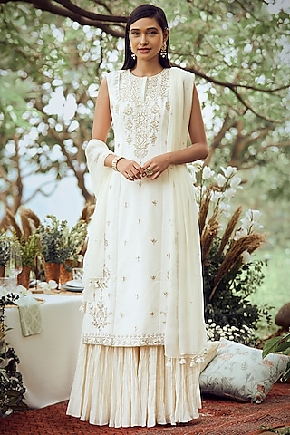 Ivory Floral Embroidered Kurta Set by Anita Dongre