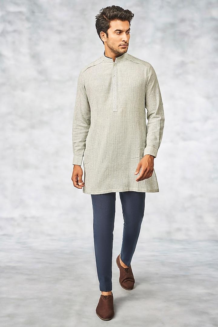 Off White Handwoven Cotton Kurta by Anita Dongre Men