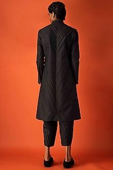 Black Pleated Cotton Kurta by Antar Agni Men