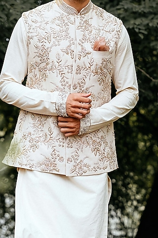 Ivory Waistcoat Set With Floral Jaal Detailing by Anushree Reddy Men