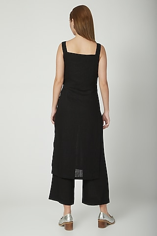 Black Mid-Waist Regular Fit Pants by Aruni