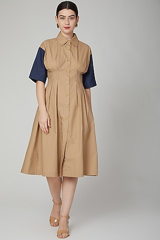 Brown Midi Dress With Button Placket by Aruni