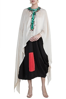 Cream Highlighted Dupatta Cape With Black Skirt by Anamika Khanna