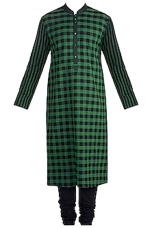 Emerald Green Checkered Kurta Set by Anuj Madaan