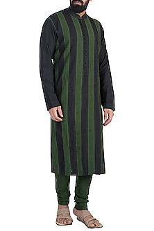 Mehendi Green Cutwork Kurta Set by Anuj Madaan
