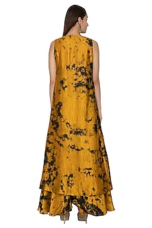 Mustard & Black Embroidered Tie-Dye Cape Lehenga Set by Ank By Amrit Kaur