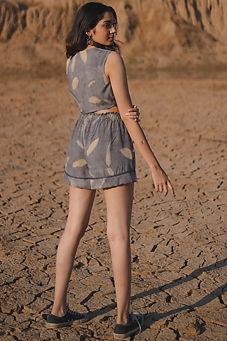 Grey Cotton Printed Shorts by Anurav