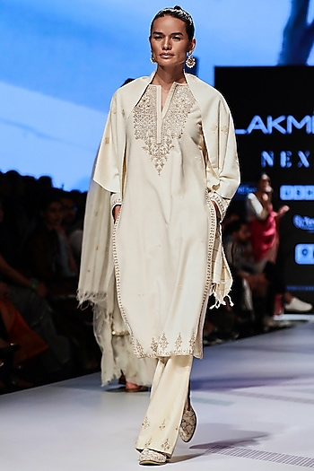 White Embroidered Sequins Kurta Set by Anita Dongre