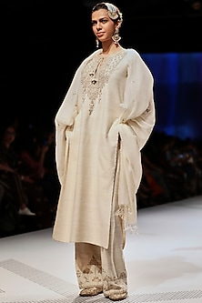 White Embroidered Pearl Kurta Set by Anita Dongre