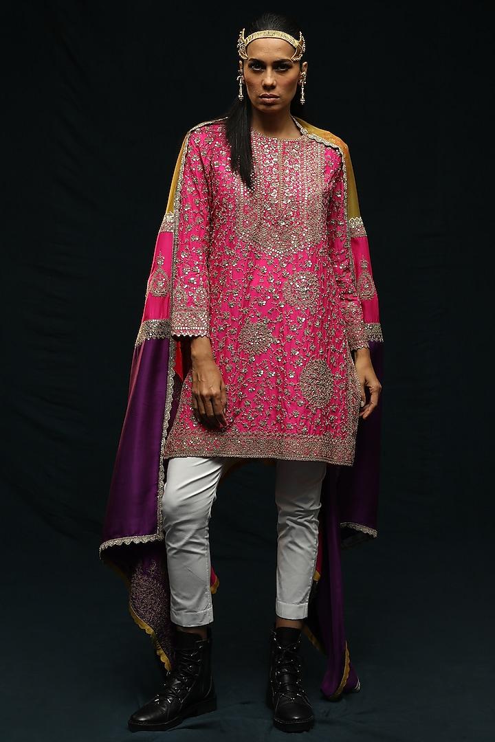 Fuchsia Pink Embroidered Kurta Set by Anamika Khanna