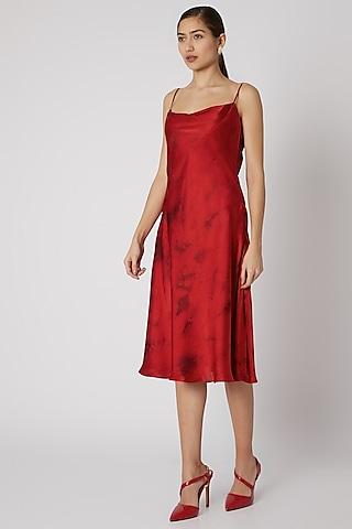 Red & Black Tie-Dye Slip Dress by Aroka