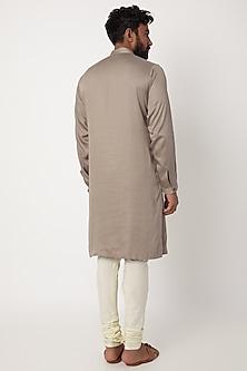 Grey Asymmetric Textured Kurta by Anurav