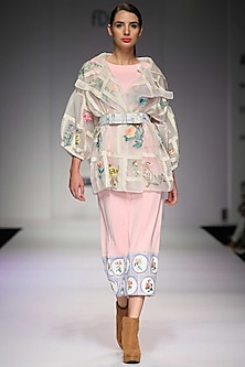 Off white floral embroidery oversized jacket by Archana Rao