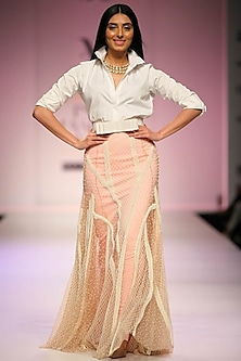 Set of 2 pink sculpt skirt withdiamond pattern embroidered flared lehenga skirt by Archana Rao