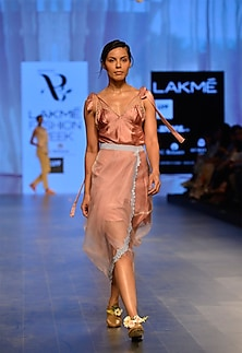 Pink shoulder tie up top by Archana Rao