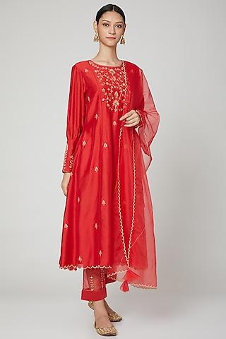 Red Embroidered Kurta Set by ASAGA