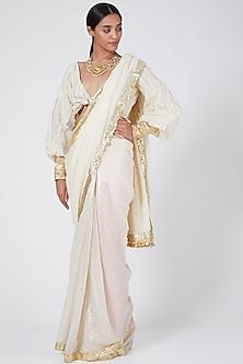 White Embellished Saree Set by Ashna Vaswani & Riitu Shiivpuri
