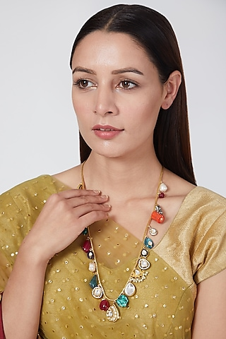 Gold Plated Onyx Kundan Necklace by Auraa Trends