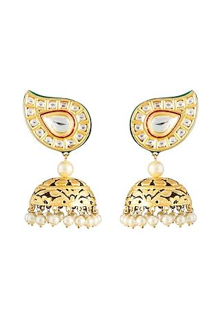Gold Finish Kundan Earrings by Auraa Trends
