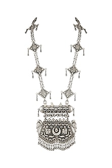Oxidised Silver Finish Necklace by Auraa Trends