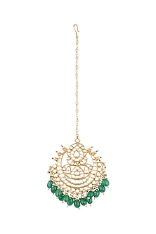 Gold Finish Green & Red Onyx Maang Tikka by Auraa Trends