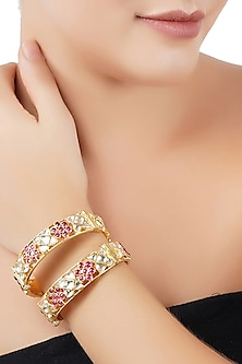 Gold Plated Kundan Bangles by Auraa Trends