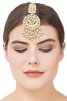 Gold Plated Green Onyx Maang Tikka by Auraa Trends