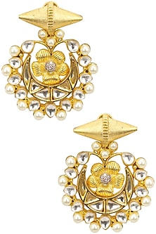 Kundan and Pearl Chaandbali Earring by Auraa Trends
