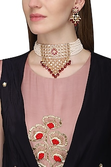 Gold Finish White and Red Kundan and Pearls Choker Necklace Set by Auraa Trends