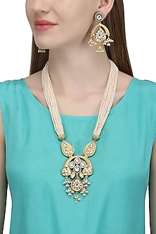 Gold Plated Kundan and Pearl Necklace Set by Auraa Trends