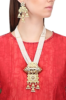 Gold Plated Kundan and Textured Jhumki Drops Necklace Set by Auraa Trends