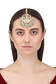 Gold Plated Kundan Maangtika by Auraa Trends