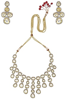 Gold Finish Kundan and Zircon Studded Enamelled Necklace Set by Auraa Trends