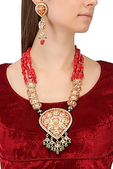 Gold Finish Kundan and Semi Precious Stones Necklace Set by Auraa Trends