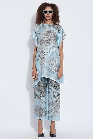 Blue Silk Printed Pants by Aartivijay Gupta