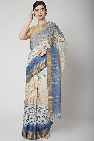 White Block Printed Saree Set by Avni Bhuva