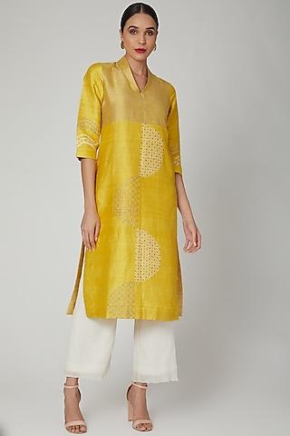 Yellow Silk Dupion Printed Tunic by Avni Bhuva