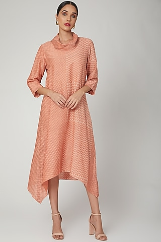 Peach Printed Tussar Georgette Tunic by Avni Bhuva