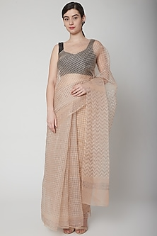 Blush Pink Printed Saree Set by Avni Bhuva