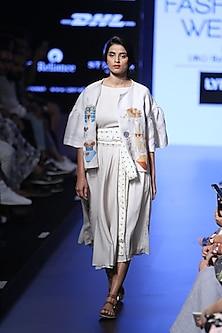 White striped panels knee length flared dress by Aartivijay Gupta