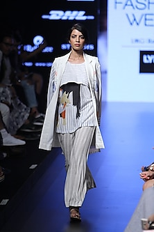 White multicolour animal figures printed front open jacket by Aartivijay Gupta