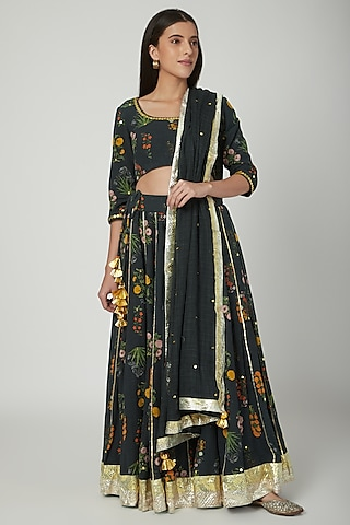 Black Embroidered & Printed Lehenga Set by Ayinat By Taniya O'Connor