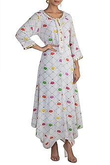 White Embellished Printed Kurta Dress With Inner Slip by Ayinat By Taniya O'Connor